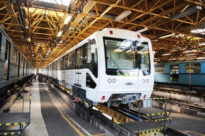 В Будапештском метро началась эксплуатация модернизированных на Метровагонмаше вагонов