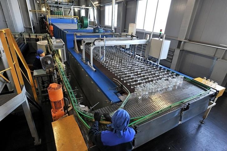 Линия по выпуску стеклянных изделий для парфюмерной отрасли открыта в Удмуртии