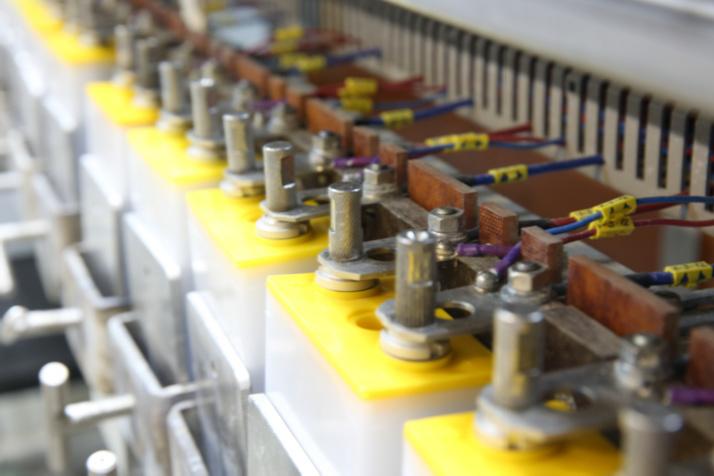 УЭХК перевёл электротранспорт завода на литий-ионные аккумуляторы