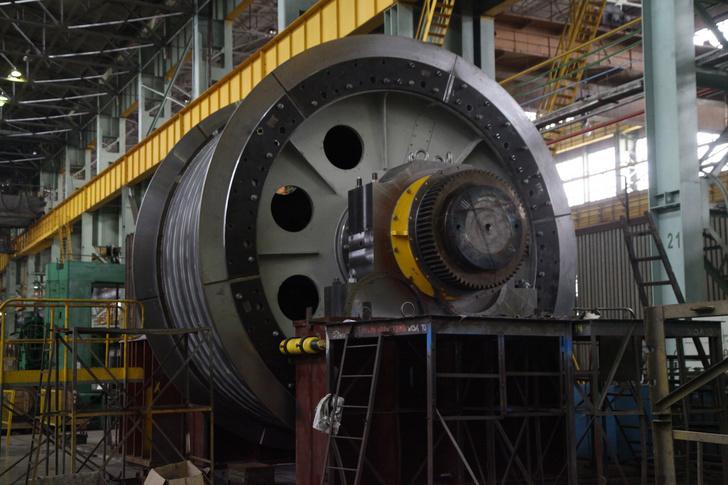 Уралмашзавод произвел самую крупную в России шахтную подъемную машину