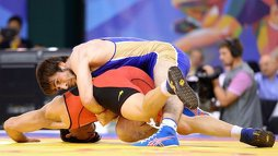 Магомедрасул Газимагомедов принес России золото в вольной борьбе до 70 кг