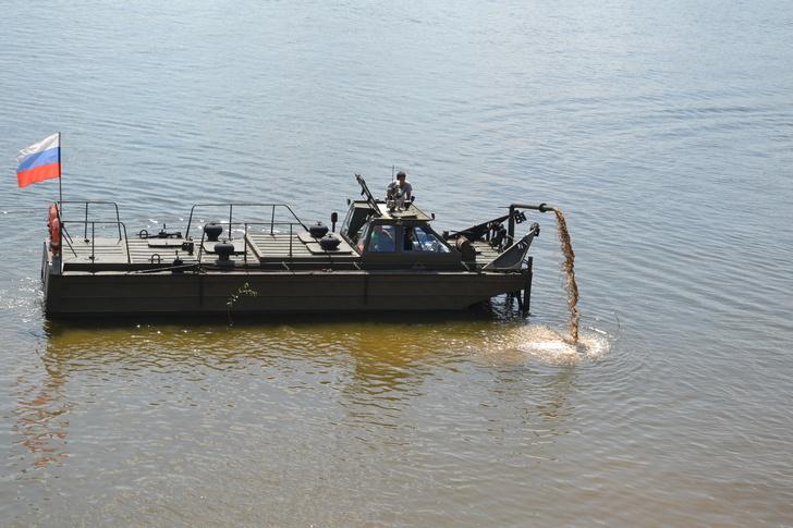 Волжский судостроительно-судоремонтный завод освоил выпуск буксирно-моторного катера-земснаряда