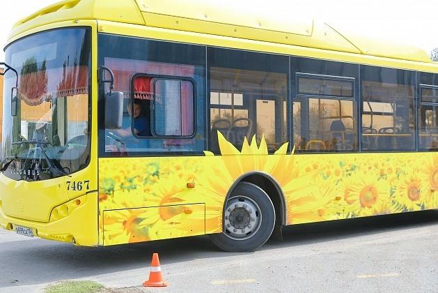 На дачные маршруты Волгоградской области вышли новые газомоторные автобусы