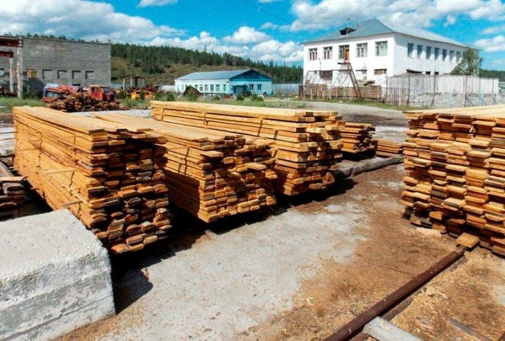 В исправительной колонии № 3 активно развивается деревообрабатывающий производственный сектор