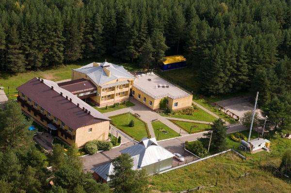 Вид с высоты. Фотография пансионата Лесная сказка в Мышкино, Ярославская область
