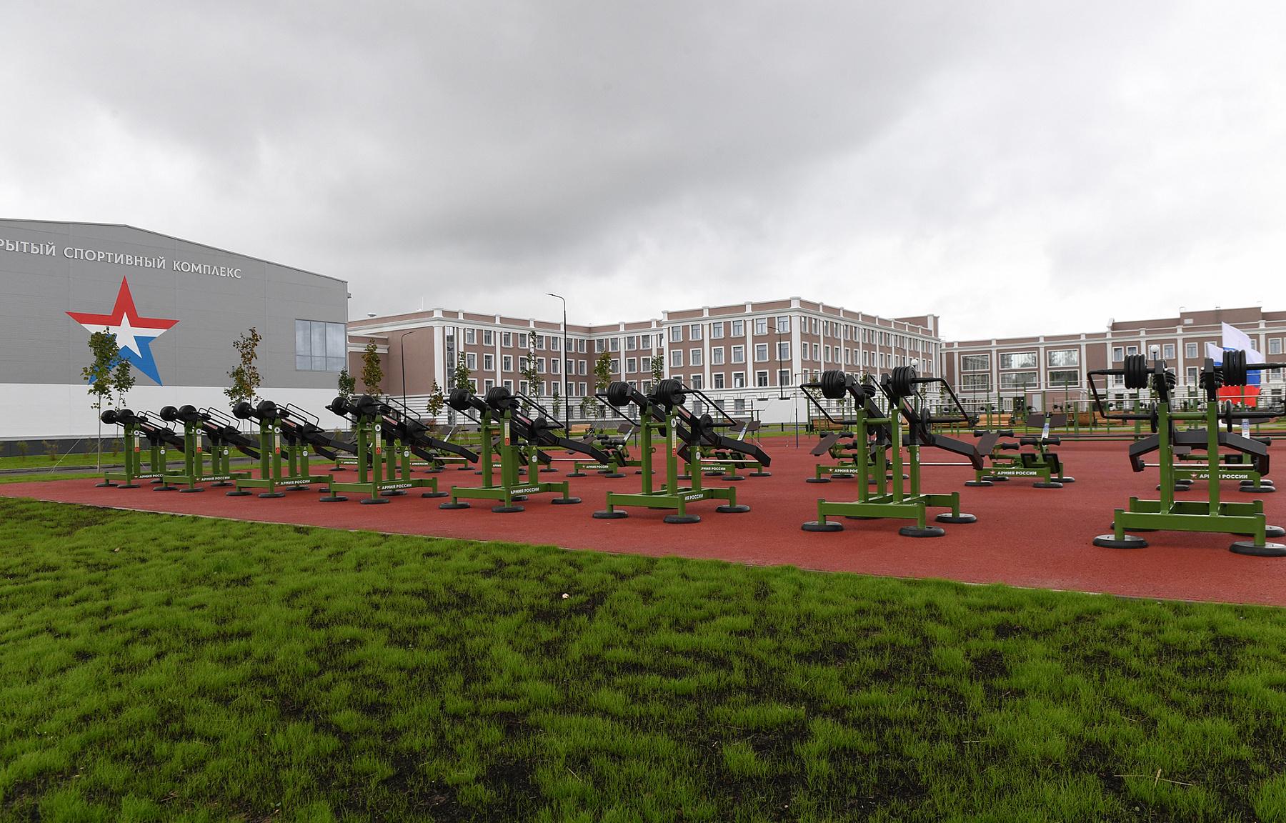 Russian Military academies/schools F_d3d3LnJlZ2lvbi50dmVyLnJ1L3VwbG9hZC9yZXNpemVfY2FjaGUvaWJsb2NrLzliZi8xODAwXzE2MDBfMC9EU0NfNjg3MS5KUEc_X19pZD0xMzU0MTM=