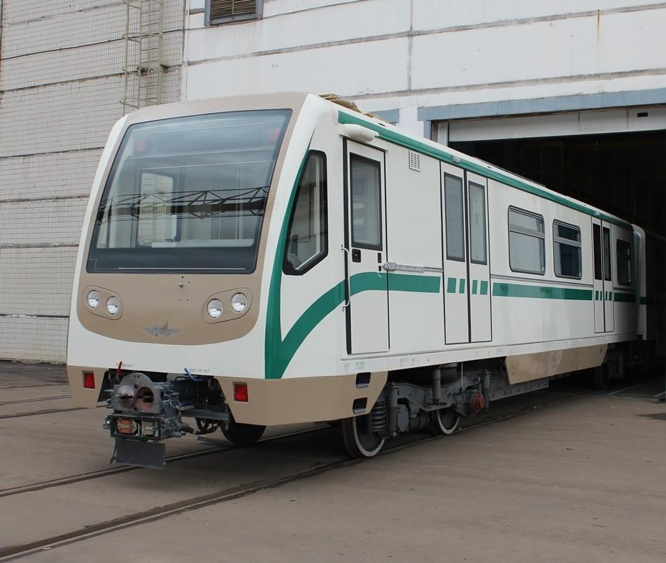 из 6 вагонов метро модели