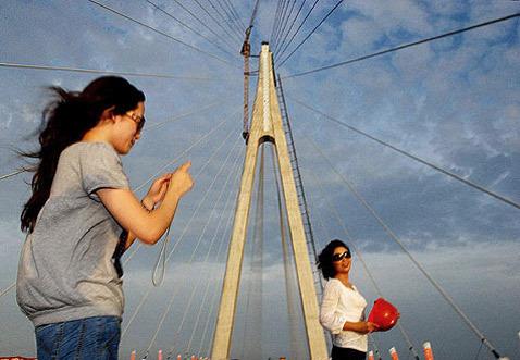 Пилон моста через залив Ханчжоувань