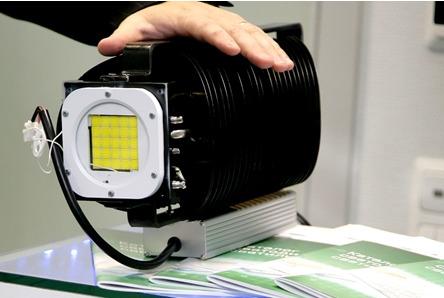 Светодиодный прожектор на сверхъярких светодиодах