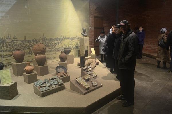 http://www.niann.ru Экспозиция внутри Зачатьевской башни