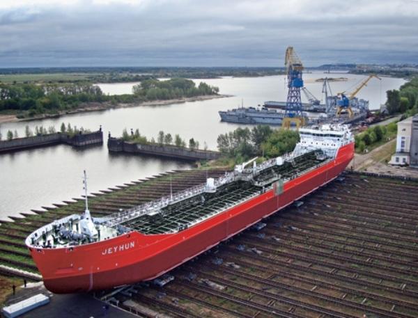 танкер проекта 19900