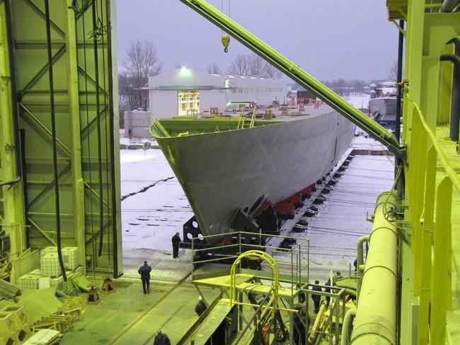 (С) фото Средне-Невский судостроительный завод