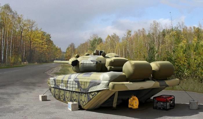 Спрос на надувные танки и ракеты вырос вдвое