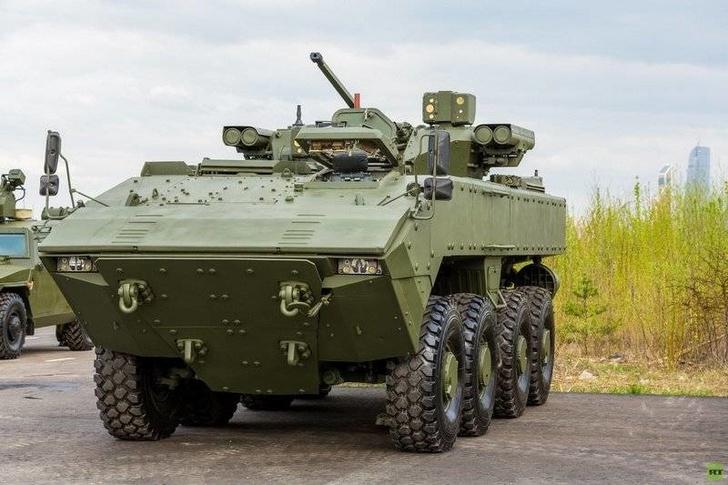 """БТР нового поколения К-16 на базе платформы """"Бумеранг"""" вышел на предварительные испытания"""