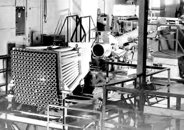 Излучатели лазерного локатора ЛЭ-1