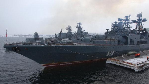 """БПК """"Североморск"""" оказал помощь сирийскому моряку в Средиземноморье"""
