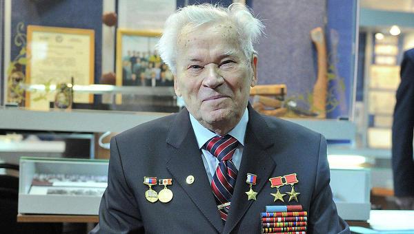 """Калашников передал """"Ижмашу"""" права на использование своего имени"""