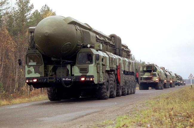 http://topwar.ru/uploads/posts/2013-07/1374733492_uploads_posts_2010-11_1291118310_1223866132_downhouse.info_009.jpg