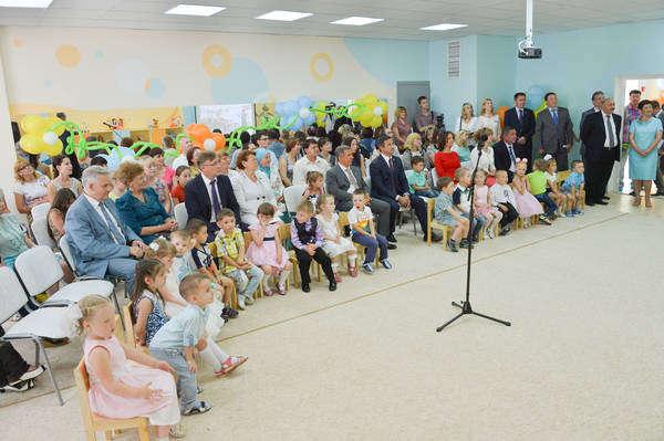 Торжественное открытие дошкольных образовательных учреждений в г. Набережные Челны. Фото Марсель Бадыкшин