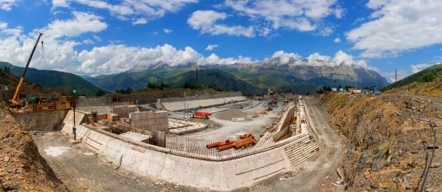 Опубликованы свежие фото хода строительства Зарамагской ГЭС-1 в Северной Осетии