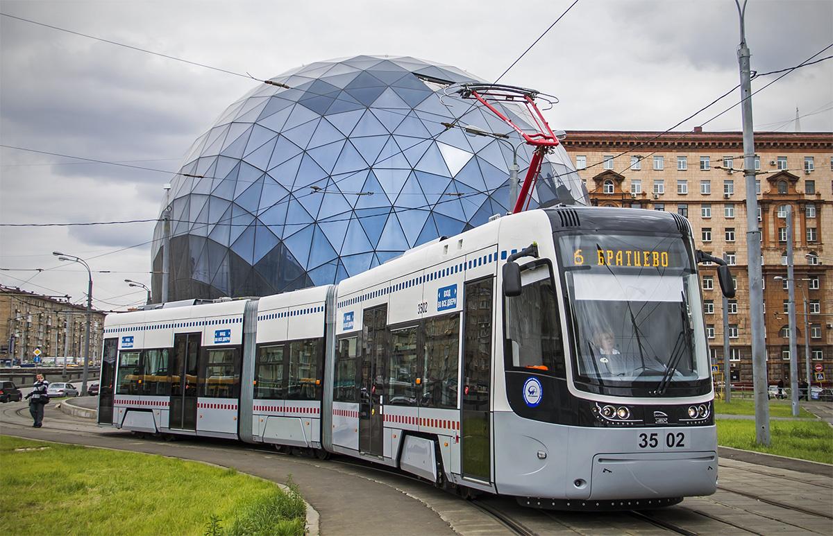 ПоТверской улице Москвы пустят троллейбусы, способные ездить автономно