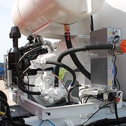 Гидравлический привод с отбором мощности от автономного двигателя