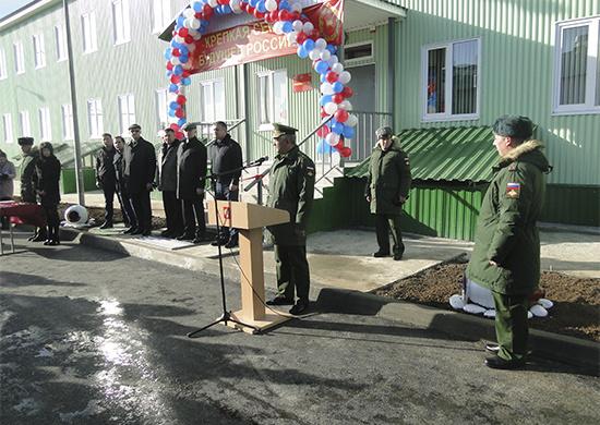 Для российских военнослужащих в Южной Осетии построено современное общежитие на 32 семьи