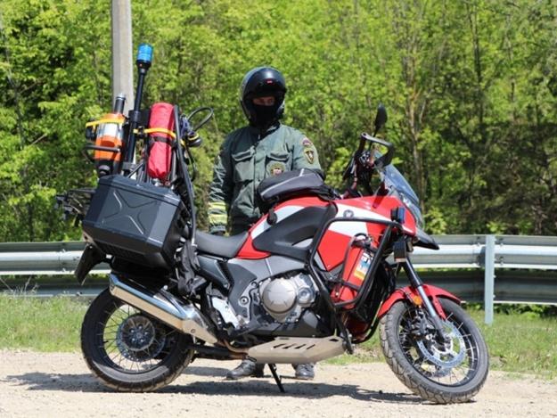 На трассе Симферополь-Алушта появились спасатели на мотоциклах [Фото]