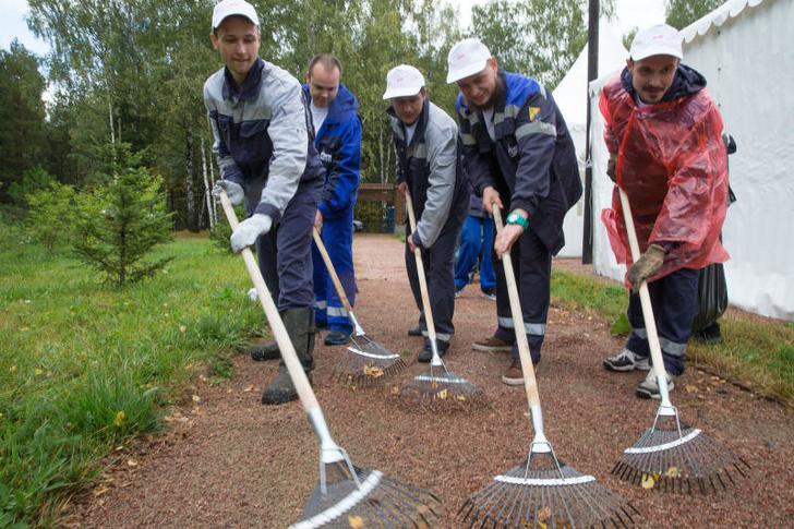 Субботник общероссийского экологического общественного движения «Зеленая Россия» при поддержке ОАО «РЖД»