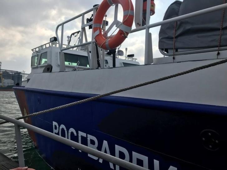 В Севастополь прибыли два десантных катера