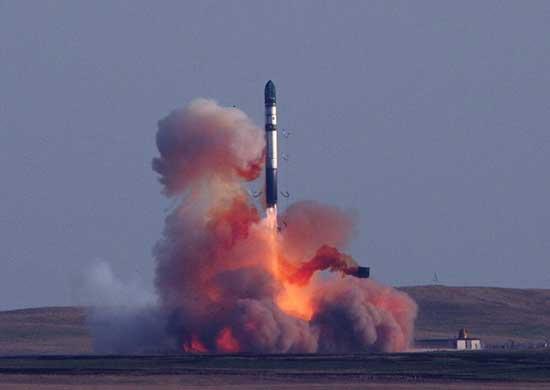 Пуск ракеты РС-20Б из позиционного района в Оренбургской области, 22 августа 2013г. Источник: МО РФ