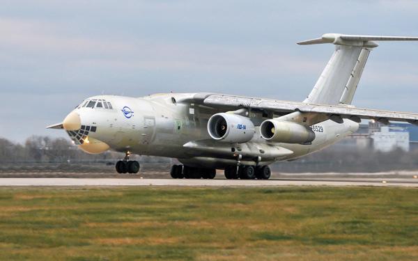 30 октября 2015 года начались испытания новейшего российского авиационного двигателя ПД-14 на летающей лаборатории Ил-76ЛЛ © ОАО «Авиадвигатель»