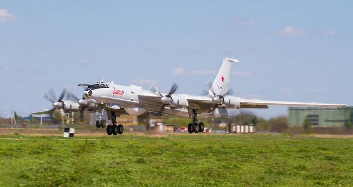 На «ТАНТК им. Г.М. Бериева» сдан очередной противолодочный самолет Ту-142МК