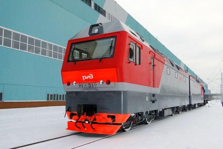 Завод «Уральские локомотивы» передал РЖД первую в 2019 году партию электровозов