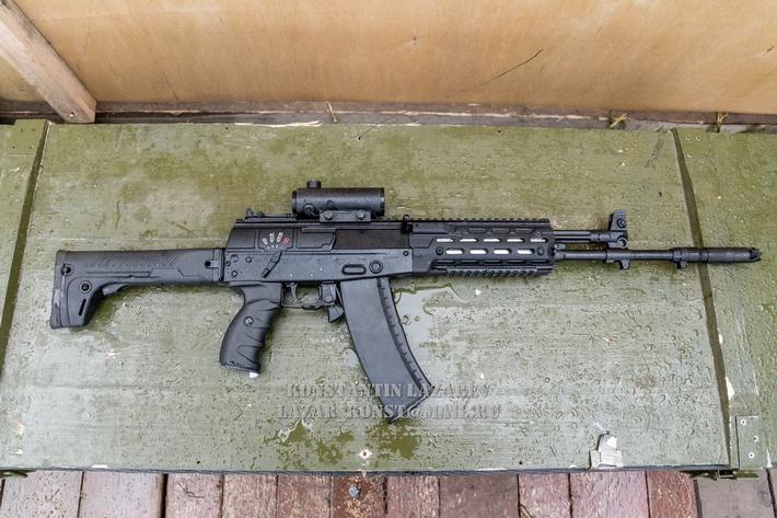 AK12 (4).jpg