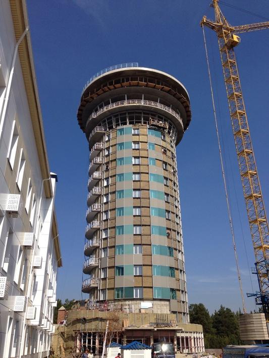 Строящаяся башня КДП УВД в Емельяново