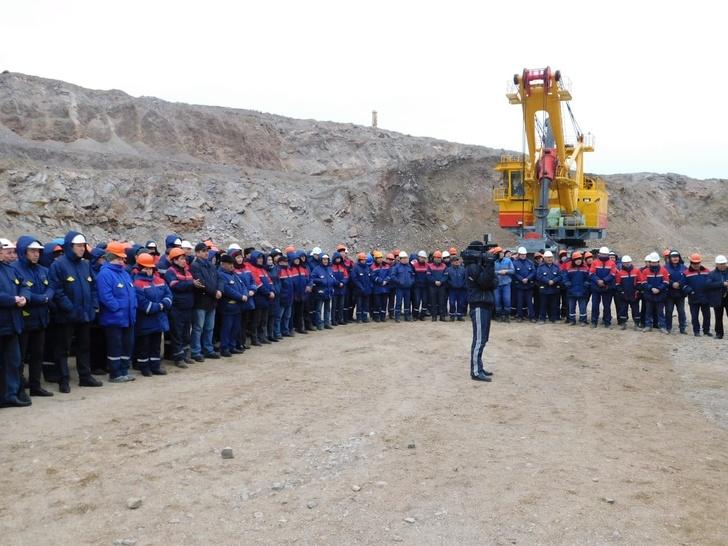 В Казахстан поставлен пятый экскаватор ЭКГ-10 производства ИЗ-КАРТЭКС