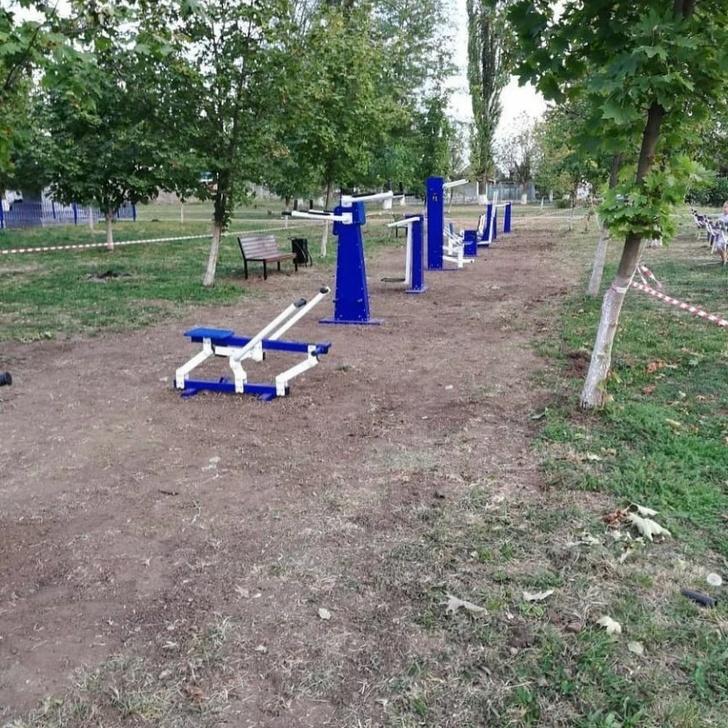 В Некрасовском сельском поселении установили две новые спортивно-игровые площадки