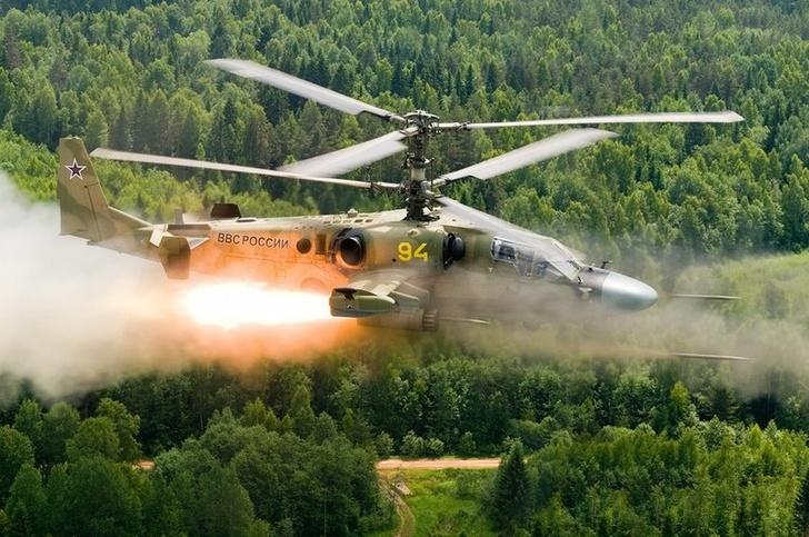 Два звена вертолетов Ка-52 поступили в новый авиаполк в Смоленской области