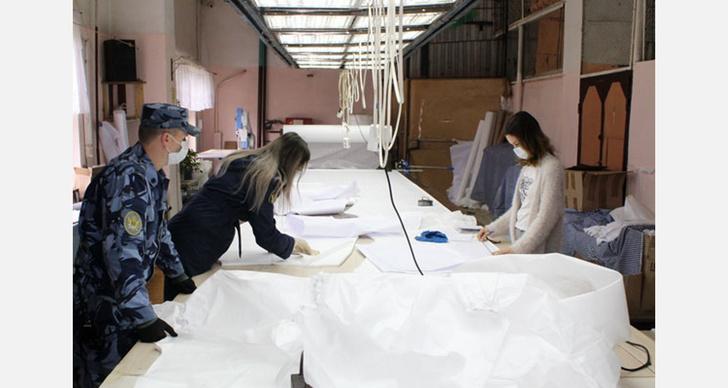 В Марий Эл заключенные колонии №3 шьют противочумные костюмы