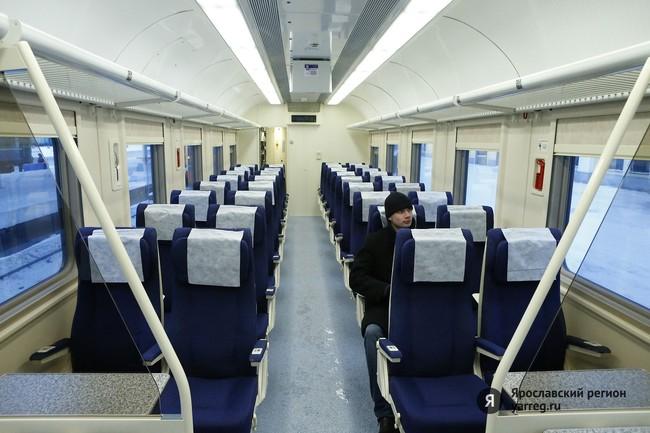То, что поезд красивый и
