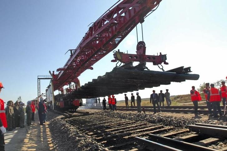 Инвестиции в реконструкцию железнодорожного пути на СКЖД составили в январе-августе более 985 млн. рублей