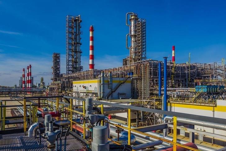 Рязанский НПЗ заменил импортную установку по производству бензина на российскую