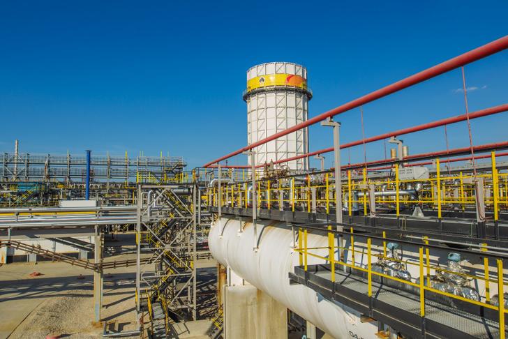 Рязанская нефтеперерабатывающая компания приступила к производству бензина АИ-95-К5 «Евро 6»