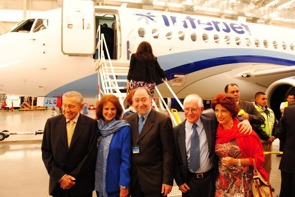 Руководство компании Interjet и посол РФ в Мексике Э.Малаян.
