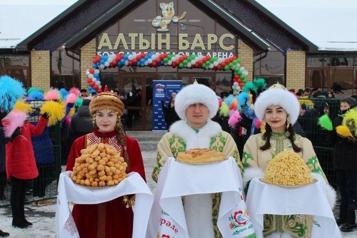 """В Татарстане открылась ледовая арена """"Алтын Барс"""""""