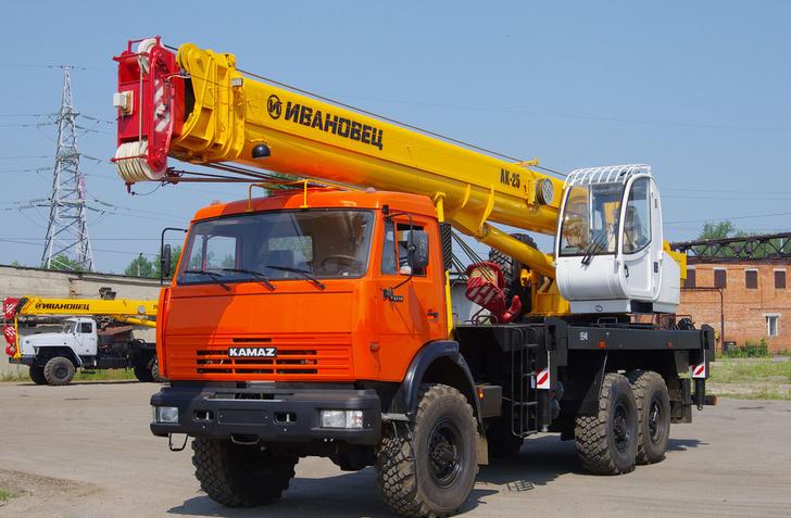 Ивановский завод «Автокран» начал поставлять технику в Казахстан