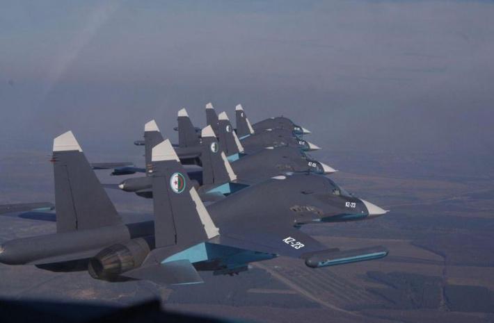 Предполагаемый вид бомбардировщиков Су-32 ВВС Алжира (с) Menadefence