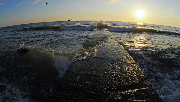 Черное море в Адлерском районе Сочи. Архивное фото