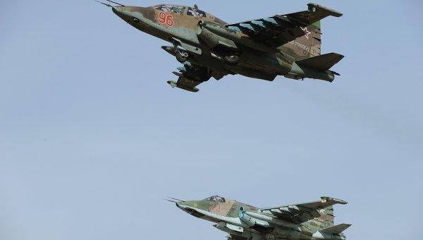 Самолеты Су-25СМ. Архивноеф ото